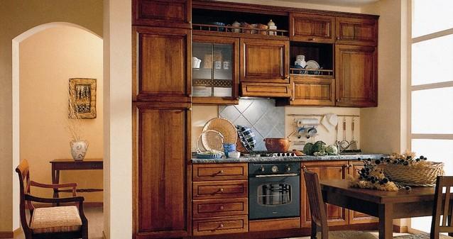 Cucine su misura classiche falegnameria roma lavorazioni for Cucine legno massello